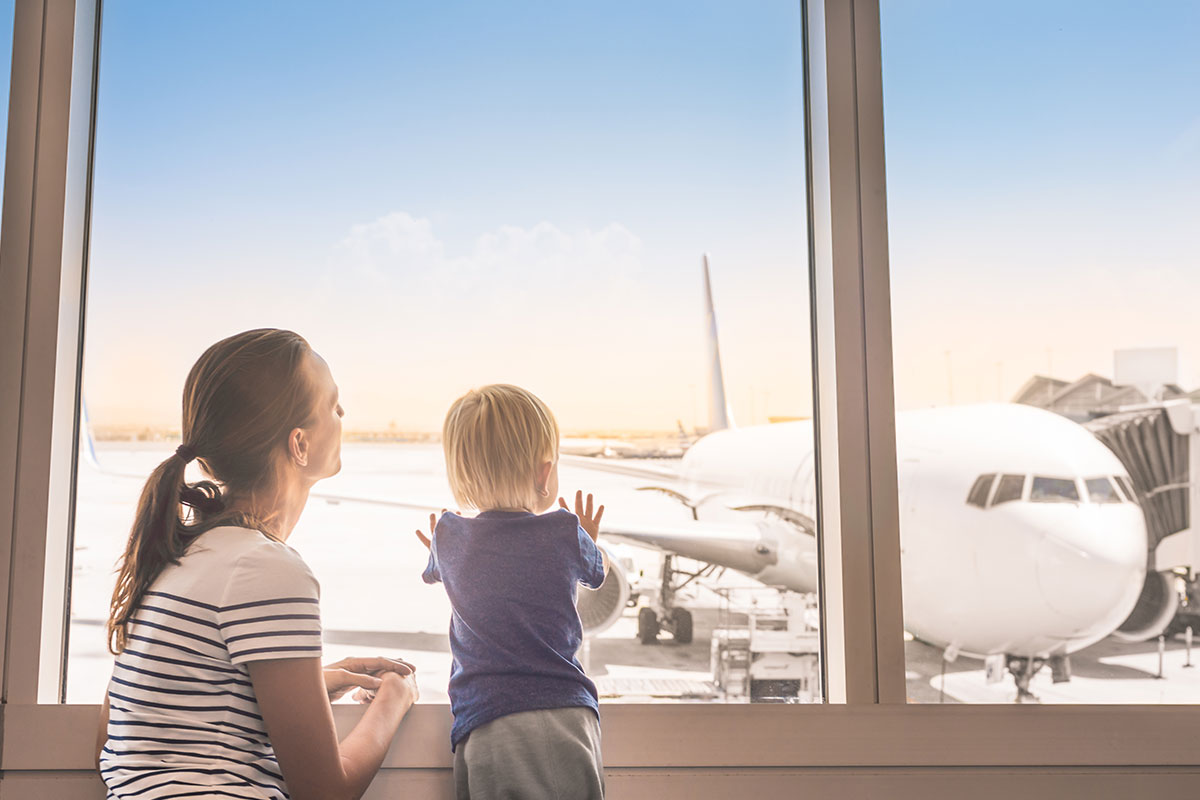 This is an interesting new service at local airports – /skysquad-launches-a…/….  Kids under 40 lbs. typically don't fit in airplane lap belts and need to ride in their car seats, but getting everything onto the plane can definitely be a challenge!